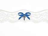 Podvezica bijela s plavom mašnom