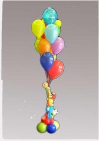 Kup od 10 balona sa figuricom i postoljem od balona